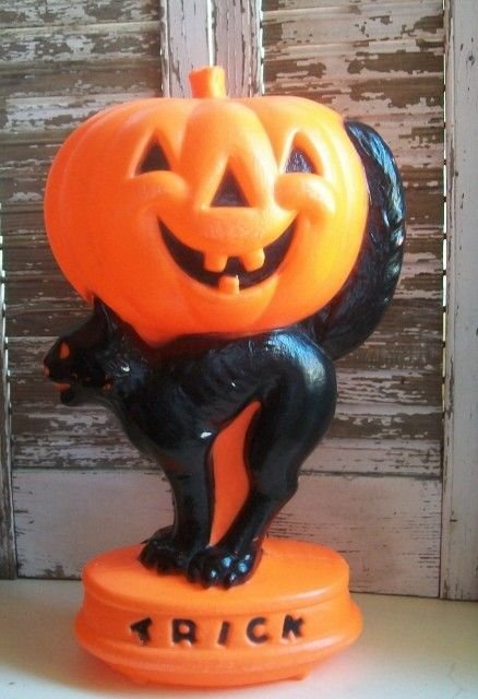 halloween blow molds | 1960s Halloween Blow Mold Light with Black Cat and Jack O Lantern