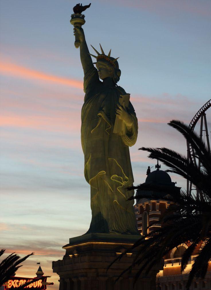 Sunset Las Vegas New York New Yok Hotel