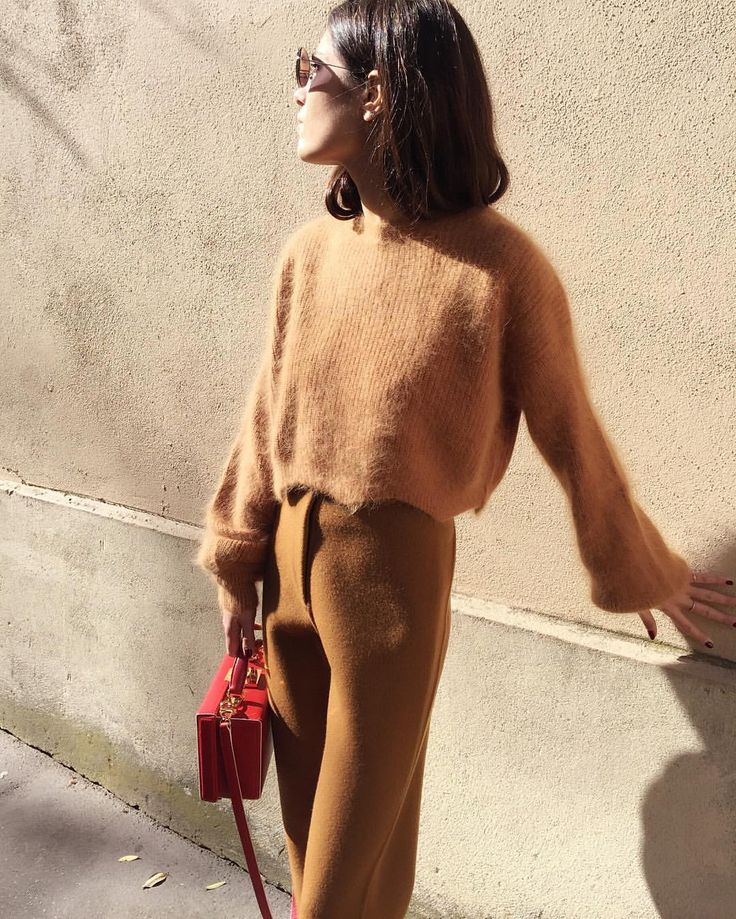 Frankie NYC Journal — Self tanning @mirandalevitt in our new #angora...