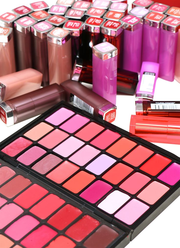 Transform your overflowing lipstick collection into this convenient (and gorgeous) lip palette full of your fav shades!