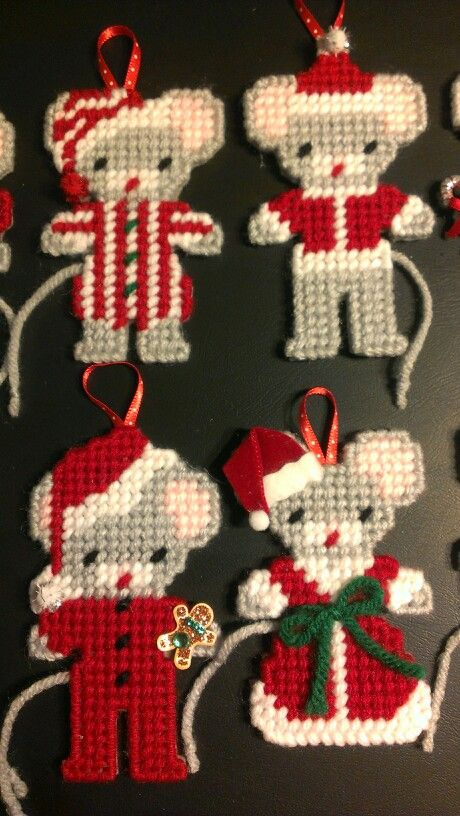 Plastic canvas christmas mice ornaments 2 by sanzosgal