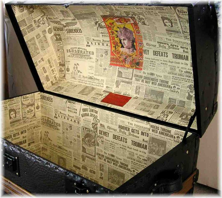 love this wallpaper of old newspaper to put in the shelf liner inside the trunk