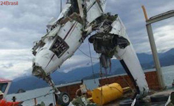 Blog divulga imagens de destroço de avião que caiu, matando Teori