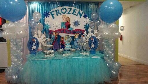 Frozen decoration georgia and lorelei pinterest for Frozen balloon ideas