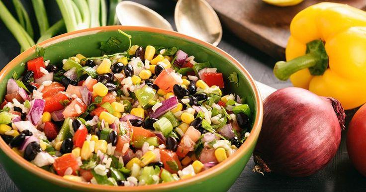 Laissez-vous séduire par laCowboy Caviar, la salade healthy sans caviar. Avec cette chaleur, vous avez besoin de manger des plats légers mais vous vous lassez de vos salades traditionnelles à base de tomates et maïs. ...