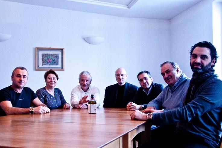 die Mastri Oleari  http://biohotels.info/de/best-of-bio/olive-oil-2013/#
