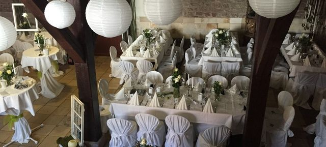 Weingut Majer - Top 20 Hochzeitslocation Stuttgart #top #hochzeit #location #hochzeitslocation #top40 #stuttgart #weiß #romantik #chic #feiern #romantisch #wedding #special #bouquet #bride #groom #bridal