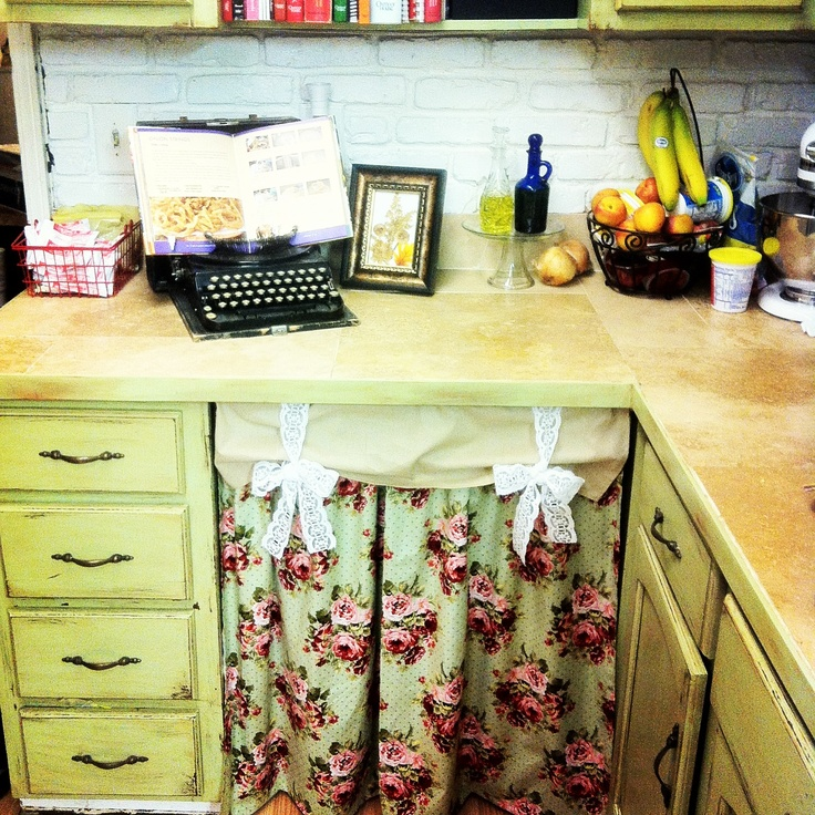 Sewing Kitchen Curtains: Kitchen Curtains I Made Tonight! Window Curtains Tomorrow