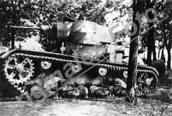 Light tanks 7TP page 21