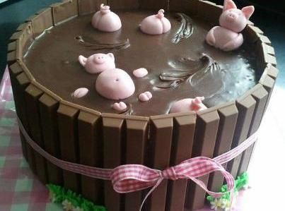 Yum... I'd Pinch That!   Redneck Piggy Pool