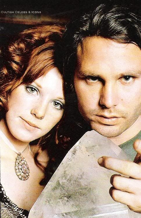 Pamela Courson with Jim Morrison.......BEAUTIFUL PICTURE