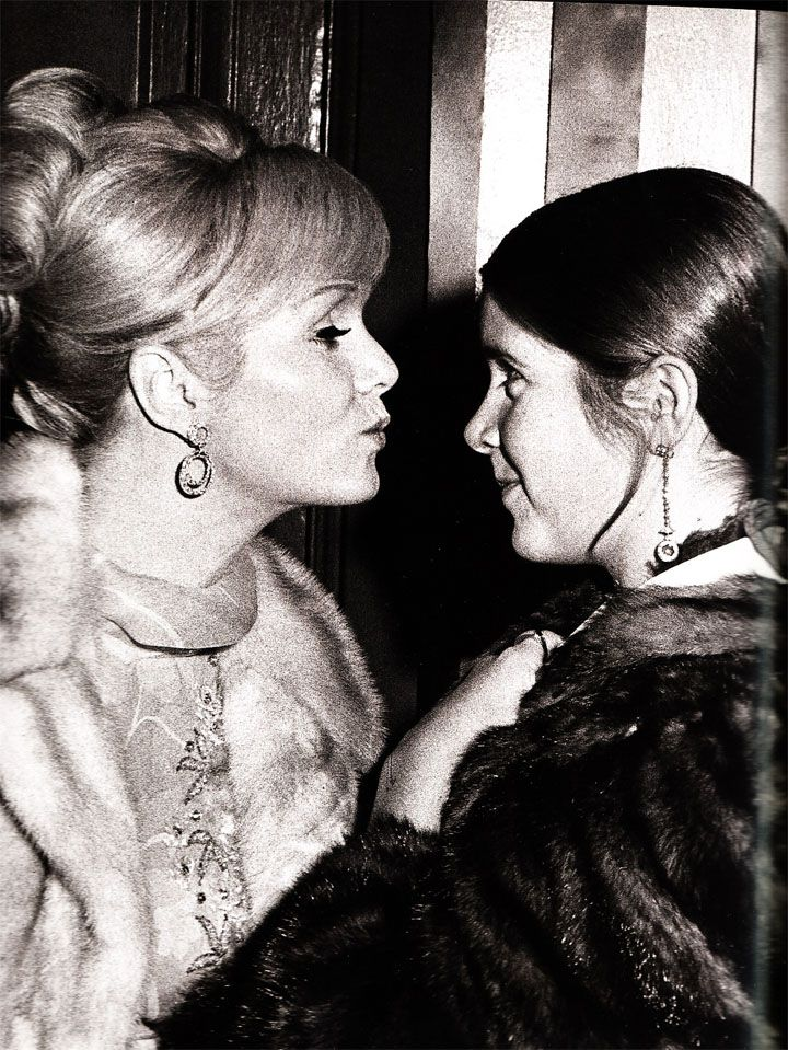 Debbie Reynolds and Carrie Fisher /mother and daughter