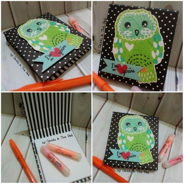 Owl memo holder