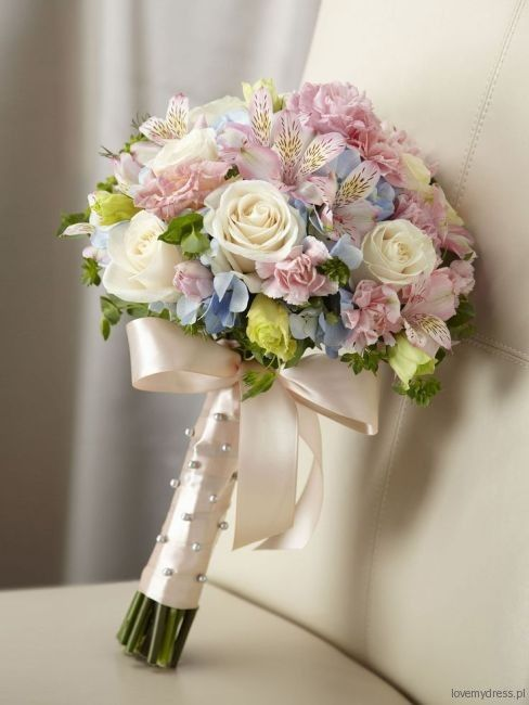 róże, hortensje, goździki i asomerie