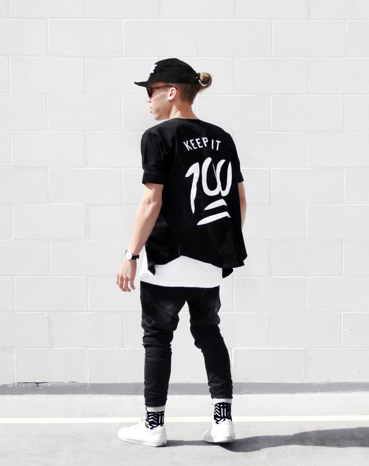 gorgeous baseball jersey outfit guys 2017