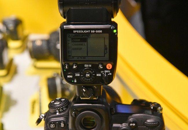 Speedlight SB 5000 con sistema di raffreddamento integrato.