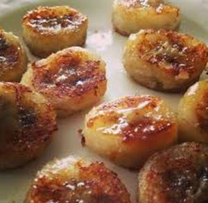 Fried Bananas with Honey and Cinnamon. Site also includes the health benefits.