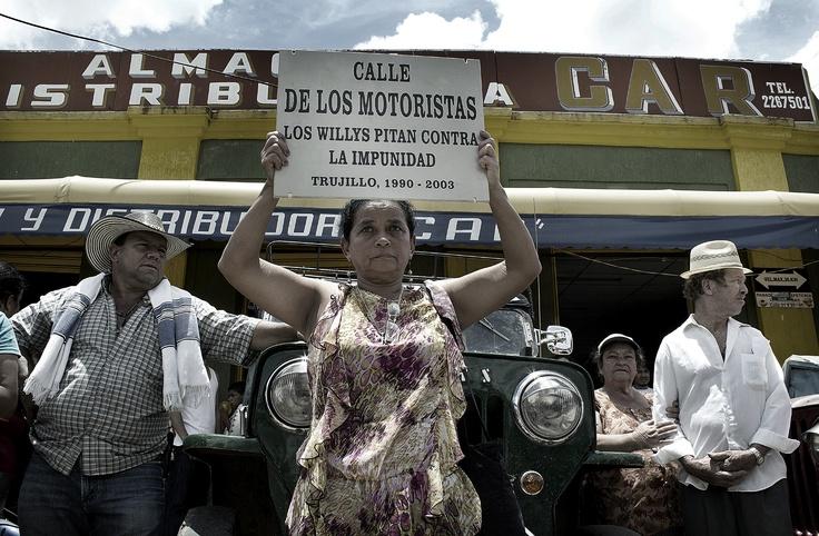 Peregrinación por las calles de Trujillo 3. Crédito Rodrigo Grajales.