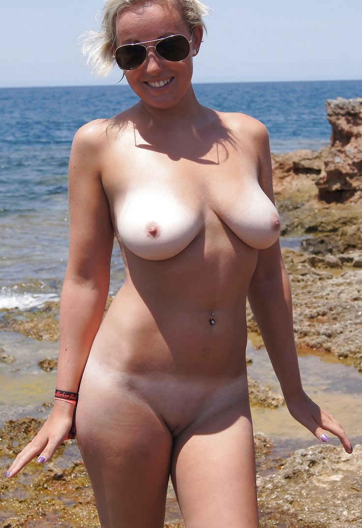 nude women without tan lines
