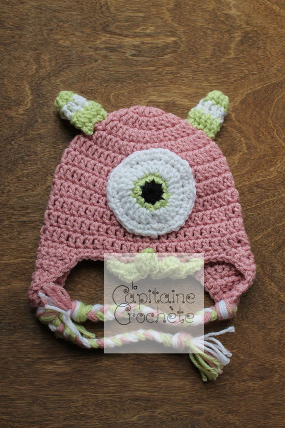 SALE 3-9 months hat monster pink green by LaCapitaineCrochete