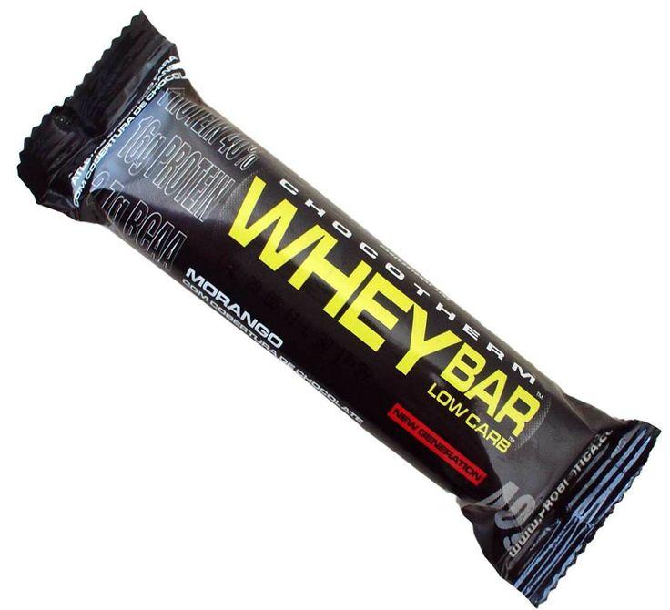 Whey Bar Low Carb é uma barra composta por proteínas com destaque para Whey Protein, associada a carboidratos, complementando a dieta diária dos atletas com estes importantes nutrientes.  Com adição de vitaminas e minerais, contém ainda CHOCOTHERM um concentrado do cacau, dando pique total para o seu dia-a-dia.  O cacau é um ingrediente que contém nutrientes que fornecem energia para deixar você sempre em alta. Os produtos da Probiótica são fabricados com matérias primas importadas.