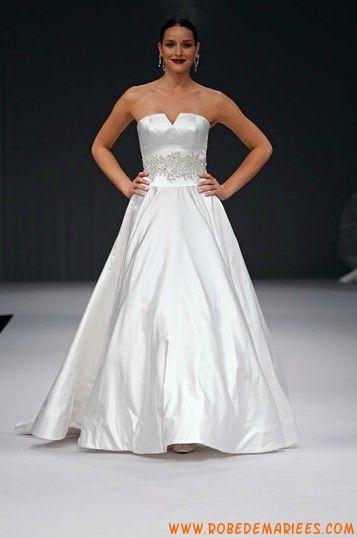 Robe de mariée satin cristaux