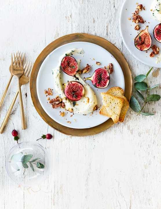 Whipped goat's cheese with baked figs Save time and still impress with this super-simple starter. Ready in 20 minutes, it's perfect for a festive dinner party