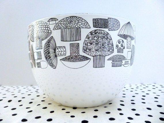 Vintage Arabia Finland Kaj Franck Enamel Mushroom Bowl