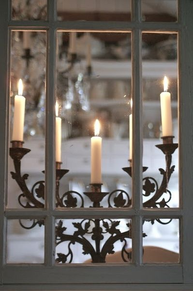 Gorgeous! I wonder if I can find an old candle holder like this at a thrift store.