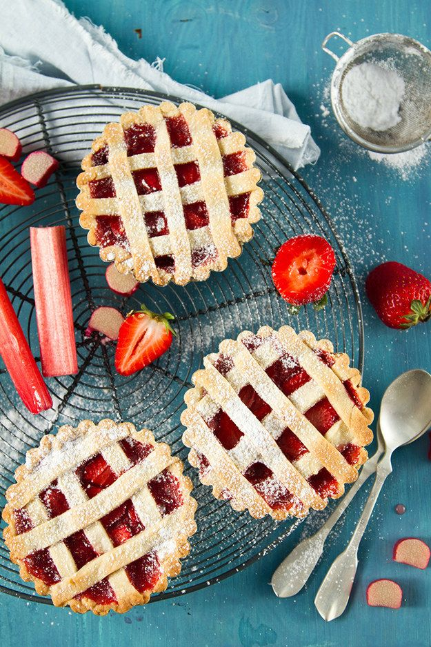 Every pie is special, but there's just something about mini pies that kind of… captures our hearts. | 14 Mini Pies That Will Melt Your Heart