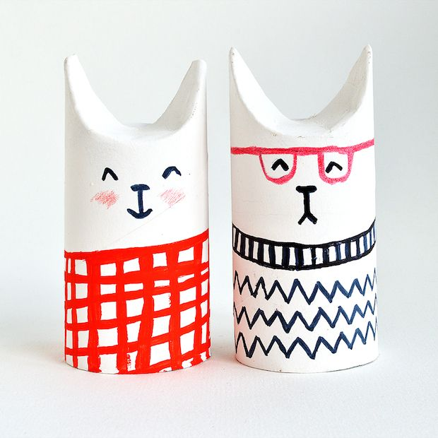 Turn toilet paper tubes into a fantastic feline-inspired project for your little ones with this toilet paper roll cats tutorial!