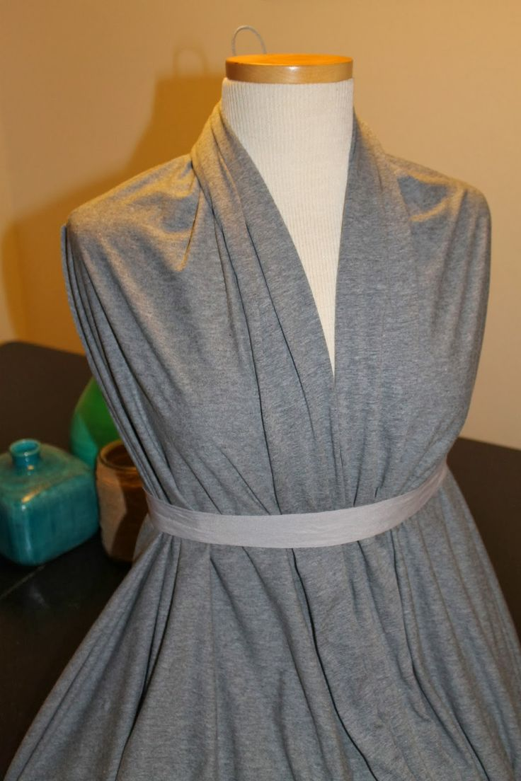 Serendipitous Discovery: 10 Minute, DIY, No-Sew Maternity Tunic!