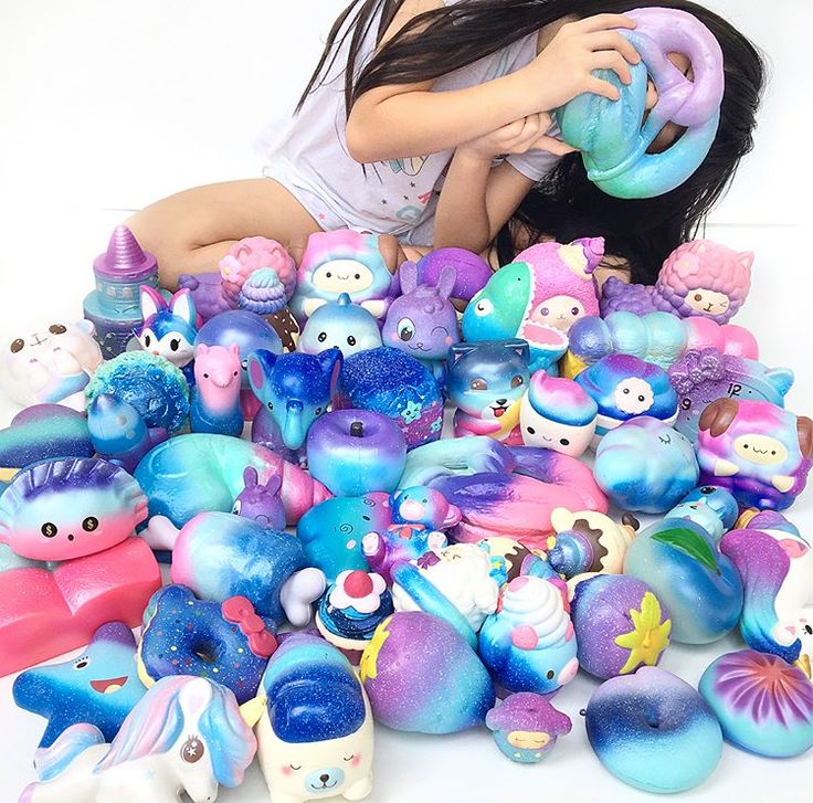 It has been more than half a year since I became crazy over squishies. Galaxy is one of my favourite color among all. Look at the progress in all galaxy squishies over the past few months. From only a few until today I've collected many many galaxy. I bet everybody loves the galaxy