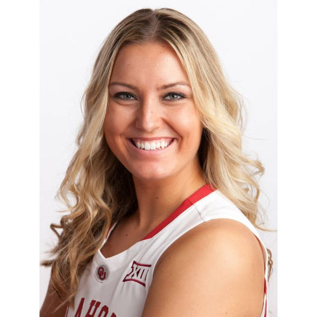 Our #Sooner athlete of the week is basketball guard Nicole Kornet. Nicole came off the bench during #OU's game against North Texas to score a game-high 14 points to lead the Sooners to victory. We'll be watching for her this Sunday as OU takes on Arkansas-Little Rock! #Boomer