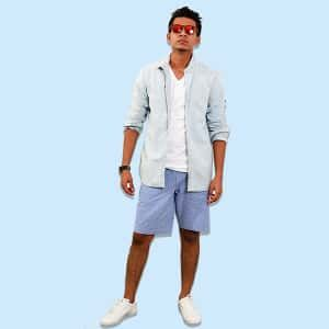 One Simple Trick For 3 Separate Looks Fashion doesn't have to be scary or intimidating. In fact, a few simple tricks can uplift a very basic outfit and take it to the next level. Take this video for instance. Here, our features writer Mikhail Gomes styled his basic white...