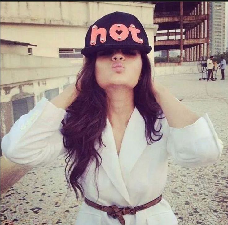 Alia Bhatt Hot Fashion Trends. http://www.whyoffashion.com/alia-bhatt-hot-fashion-trends/