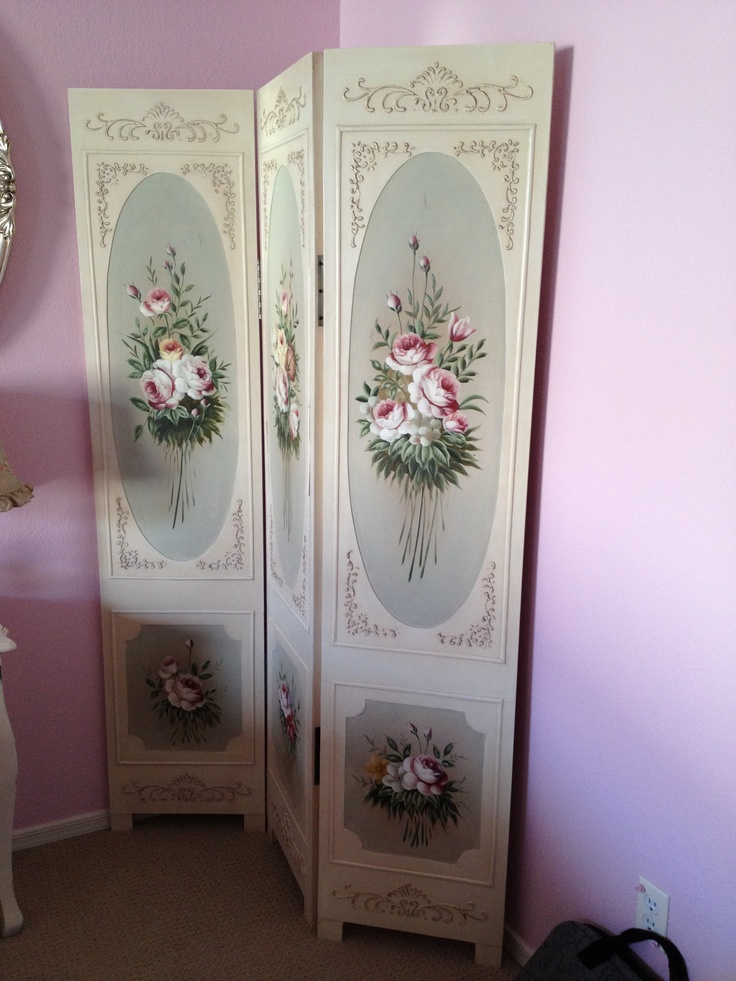 Shabby chic dressing screen  Love this piece. 69 best Dressing Screen images on Pinterest   Dressing screen