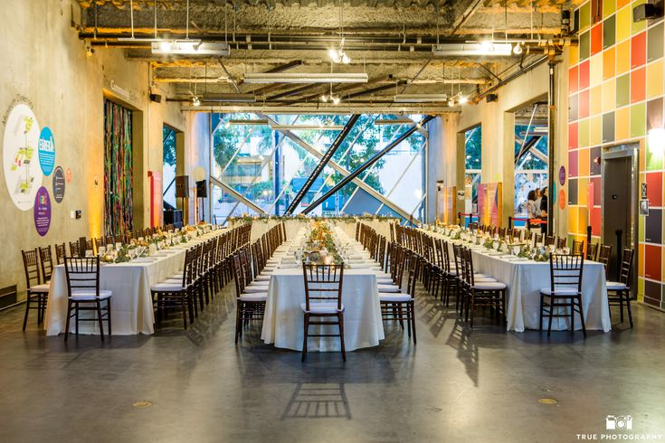 The New Children's Museum | Event Space | Main Floor | Tables | True Photography | Raphael's Party Rentals  http://thinkplaycreate.org/visit/book-an-event/