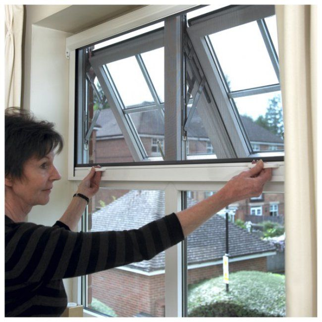 Window Fly Screen Pull Down And Roll Up Streme