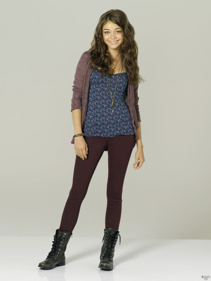 92 best images about sarah hyland on pinterest rose for Modern family printer