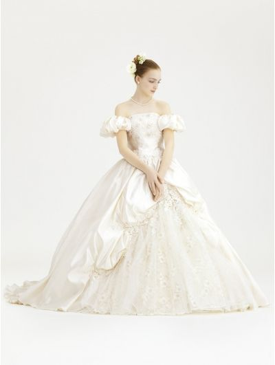 416 best masquerade theme images on pinterest wedding for Victorian style wedding dress