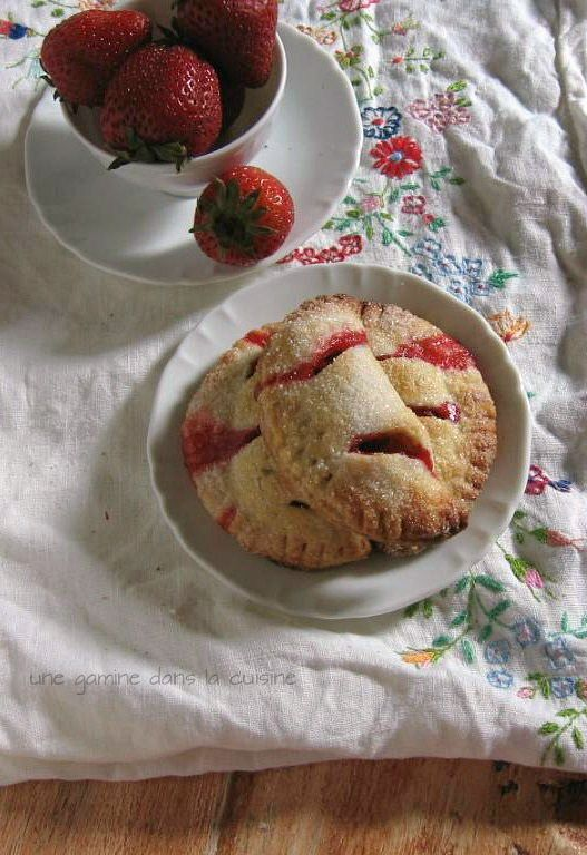 Strawberry Hand Pies | Sweets | Pinterest