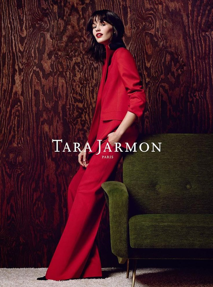 Marta Dyks Pose on Tara Jarmon Fall Winter 2015-16 campaign Photoshoot