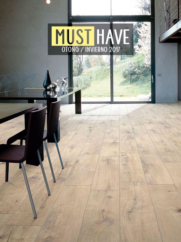Lo mejor del NATURAL TRENDY 😍 lo encontrarás en este piso efecto madera, que ya que es ¡LA SENSACIÓN! por el REALISMO en HD de sus vetas y nudos.  #piso #porcelanato #pisoporcelanato #pisoestilomadera #pisomadera