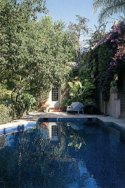 Joni Mitchell Library - Joni Mitchell: Secret Gardens of Hollywood, September 13, 2003