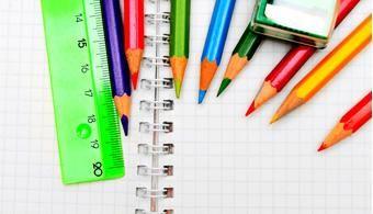 Como usar as cores para organizar sua lição de casa....