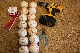 How to make a Baseball Wreath