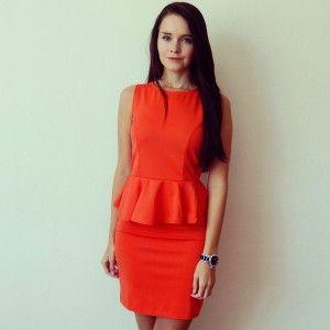 Eshop www.alionline.cz - Dámské peplum šaty dostupné v červené nebo klasice černé barvě - eshop Alionline