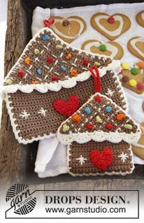 """Home Sweet Home - DROPS Christmas: Crochet DROPS gingerbread house pot holder in 2 strands """"Safran"""" and """"Paris"""". - Free pattern by DROPS Design"""