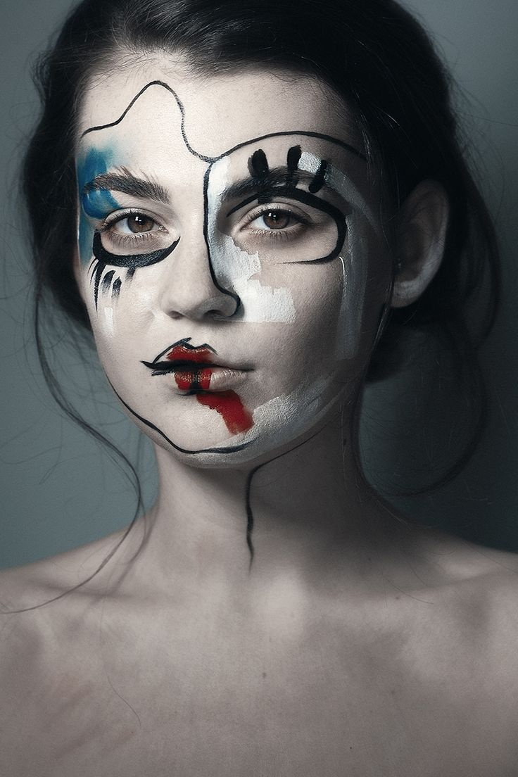 Avant-garde makeup / creative makeup / artistic makeup / fashion / conceptual makeup / face paint